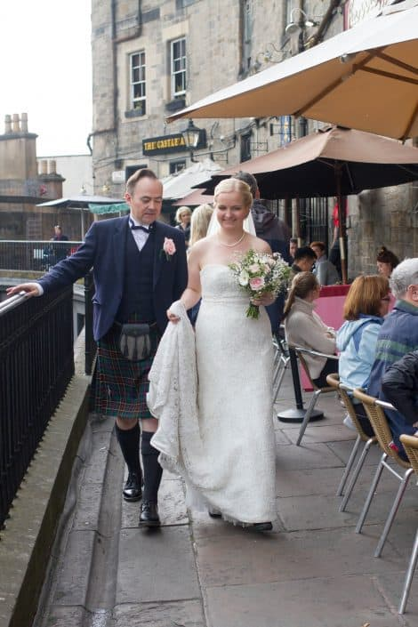 Bride and Groom in Edinburgh